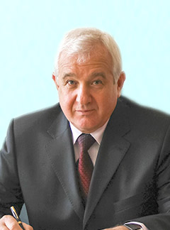 Директор інституту Лукач Василь Степанович